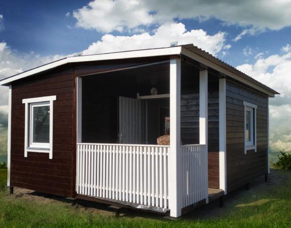 Дачный домик с террасой (6 на 5 м)